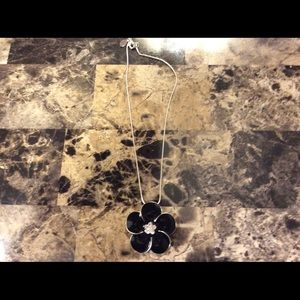 Beautiful flower necklace silver and black crystal